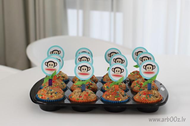 julius-cupcakes-copy.jpg